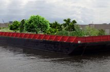 Swale-Floating-Farm-New-York-City